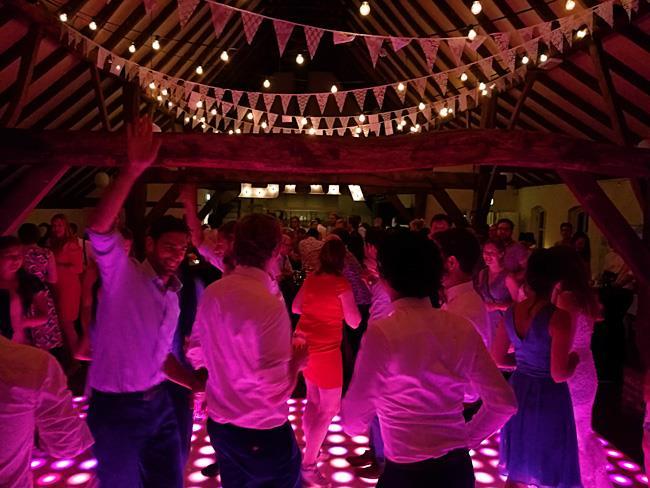Muziek Herkenbare Allround Muziek Om Op Te Dansen